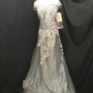 NWT Jade Couture Platinum MOB Formal Dress Gown